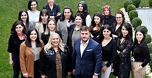 Zeren Group Holdingte kadın çalışan...